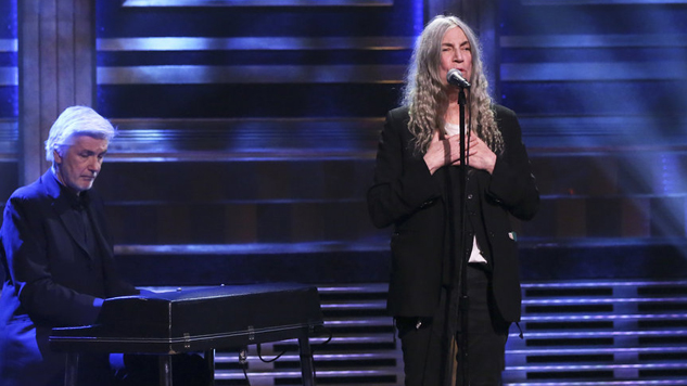 """Watch Patti Smith Cover Neil Young's """"After The Gold Rush"""" on <i>Fallon</i>"""