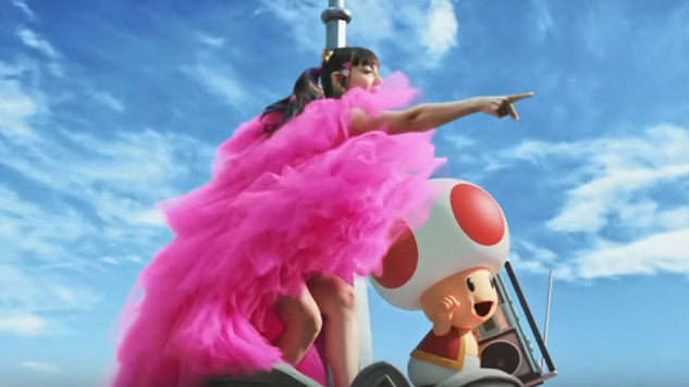 """Watch Charli XCX Party in Super Nintendo World for """"We Are Born To Play"""""""