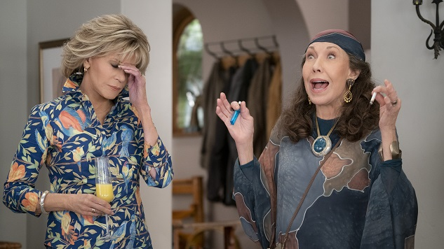 6 Reasons You Should Be Watching <i>Grace and Frankie</i>