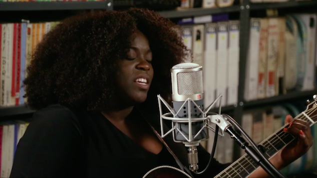 Watch Yola's Dazzling <i>Paste</i> Studio Session From A Year Ago Today