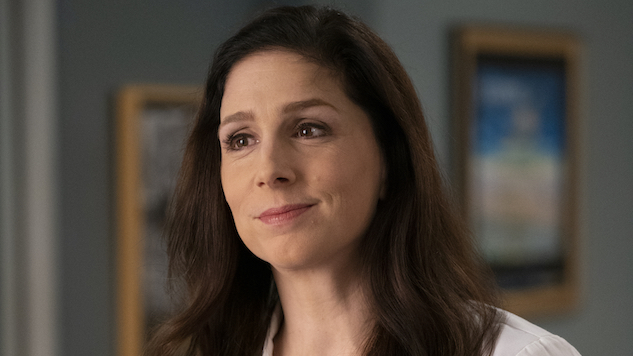 Shoshannah Stern on Portraying <i>Grey's</i> First Deaf Doctor, and Helping Shape the Role