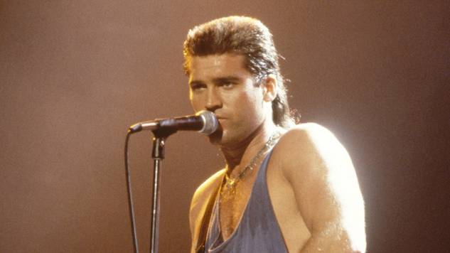 """Hear Billy Ray Cyrus Perform """"Achy Breaky Heart"""" at the 1993 Grammys"""