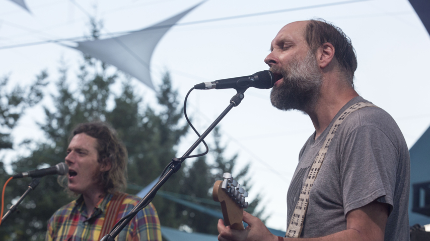 "Built to Spill Share Cover of Daniel Johnston's ""Life in Vain"""