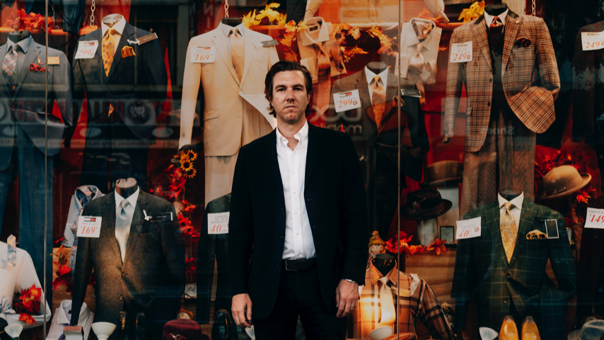 Hamilton Leithauser Announces New Solo Album <i>The Loves of Your Life</i>, Shares &#8220;Isabella&#8221;