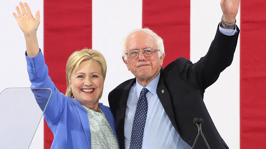 """Bernie Sanders Responds to Hillary Clinton's Criticism: """"I Don't Want to Relive 2016"""""""