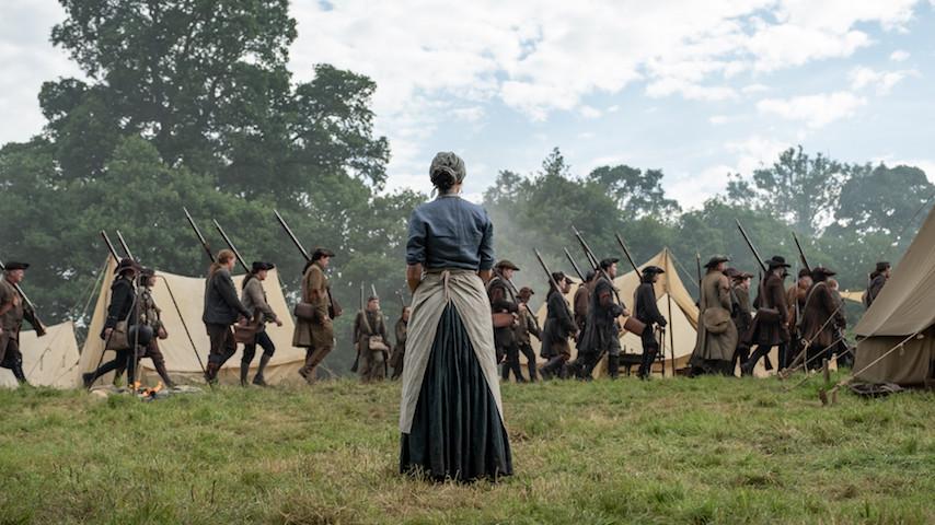 Watch: <i>Outlander</i> Starts a Revolution in an Emotional Episode