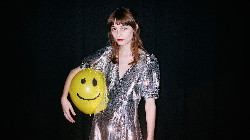 """Faye Webster Shares Video for New Single """"In a Good Way"""""""