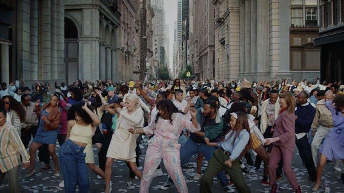 "Run The Jewels Party Post-Revolution in New Video for ""Ooh LA LA"""