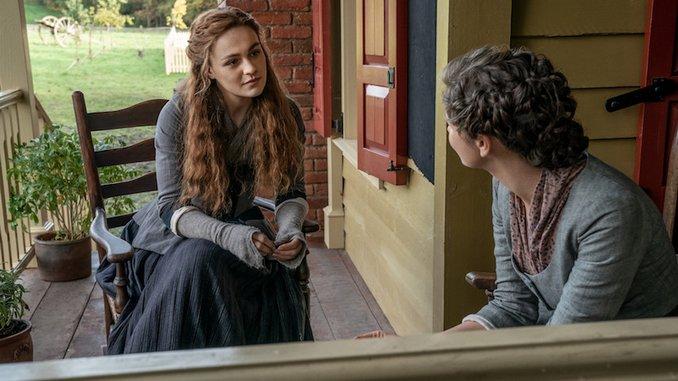 "Watch: <i>Outlander</i> Focuses on the Ties that Bind in ""Journeycake"""