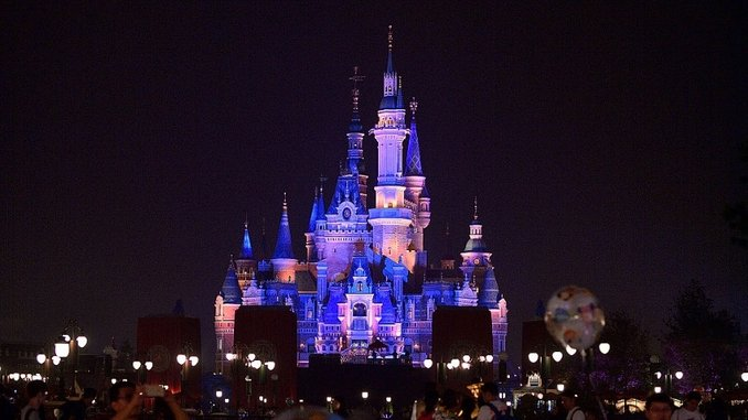 Shanghai Disneyland Reopens Next Week, With COVID Precautions We Could See at the American Theme Parks