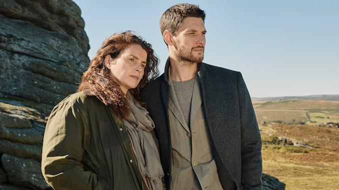 <i>Gold Digger</i>: Ben Barnes Seduces Julia Ormond in this Twisty Acorn TV Miniseries