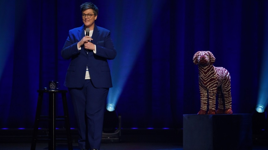 Hannah Gadsby's New Comedy Special Is No <i>Nanette</i>