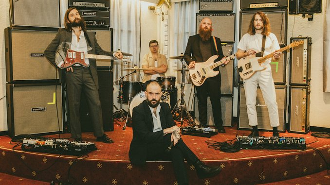 IDLES Announce New Album <i>Ultra Mono</i>, Share Video for New Single