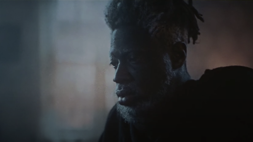 """Moses Sumney Shares Chilling Video for """"Me in 20 Years"""""""