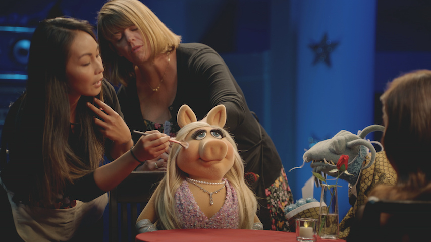 <i>Muppets Now</i>: Miss Piggy Steals the Show