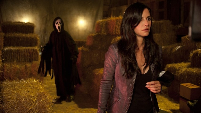 Courteney Cox Is Returning as Gale Weathers for <i>Scream 5</i>