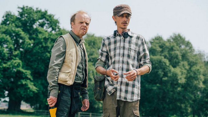 TV Rewind: If You Need a Dose of Quiet Minimalism (and You Do), Watch <i>Detectorists</i>