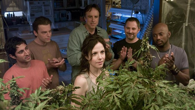 <I>Weeds</i> at 15: In Defense of Nancy Botwin