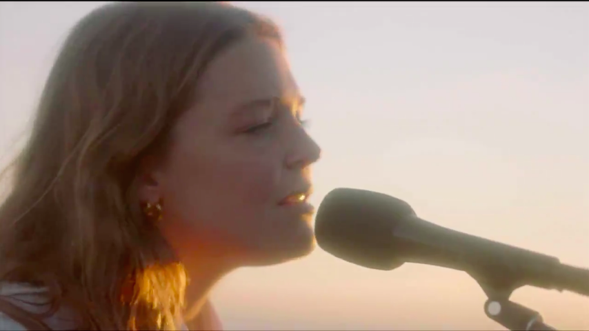 Watch Maggie Rogers and Leon Bridges Perform at the Democratic National Convention