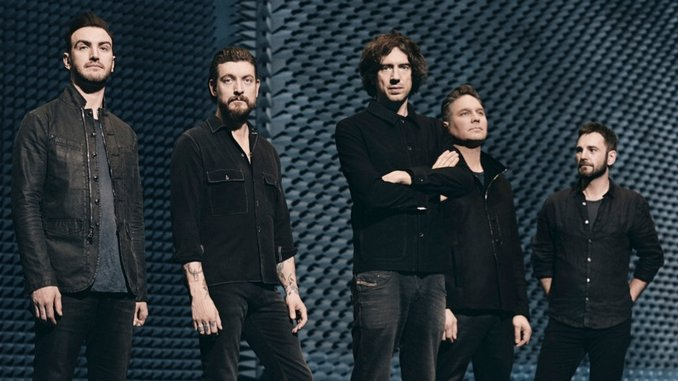 Snow Patrol's Gary Lightbody Makes Music with his Fans (And Adele)