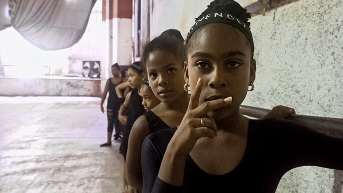 <i>Epicentro</i> Finds a View of Modern Cuba Between History's Contradictions