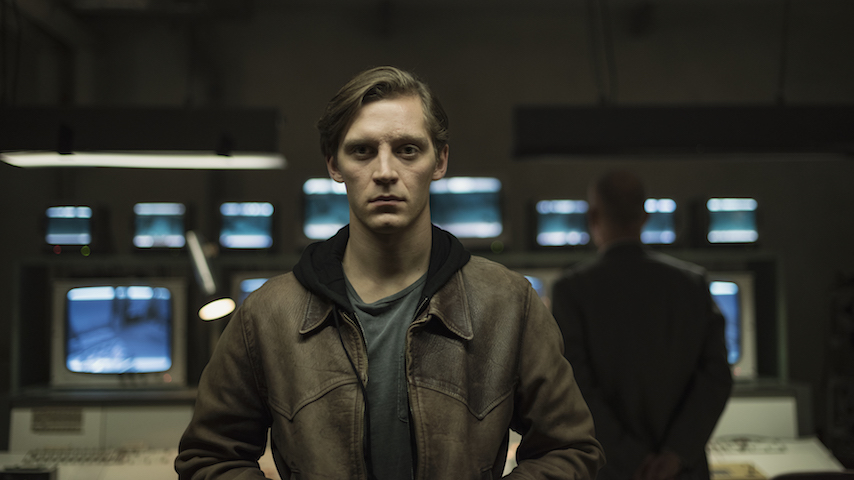 Deutschland 89 Trailer: Martin Must Choose a Side as the Berlin Wall  Crumbles - Paste