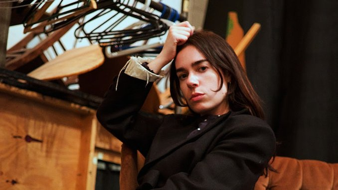 """Sinead O'Brien Shares Debut EP <i>Drowning in Blessings</i>, Unveils Video for """"Most Modern Painting"""""""