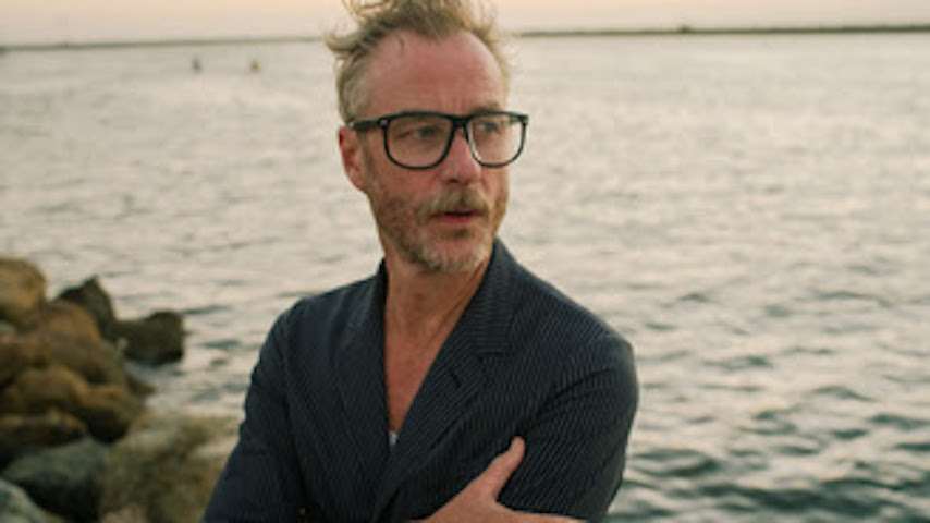 "Matt Berninger Shares Video for New Single ""One More Second"""