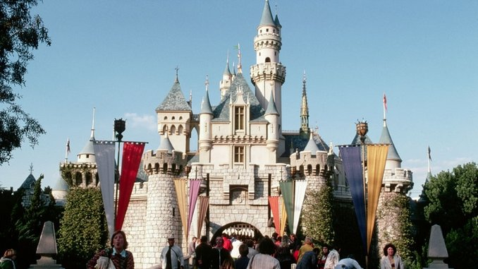 California Announces Guidelines for Disneyland and Other Theme Parks to Reopen