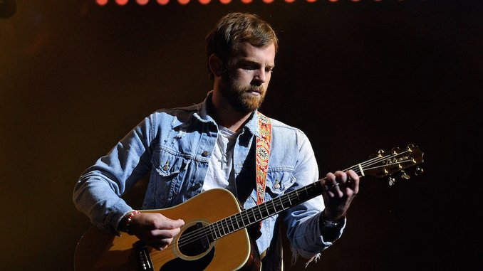 <i>Come Around Sundown</i> Turns 10: A Reevaluation of Kings of Leon&#8217;s Disaster Era