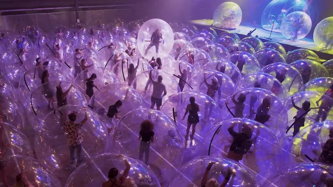 """The Flaming Lips' Bubbles Return in New """"Assassins of Youth"""" Video"""