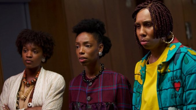 In <i>Bad Hair</i>, Justin Simien Interweaves Horror and Comedy, with Mixed Results