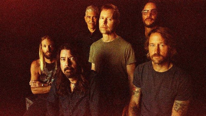 """Foo Fighters Announce New Album, Debut Single """"Shame Shame"""" on <i>SNL</i>"""