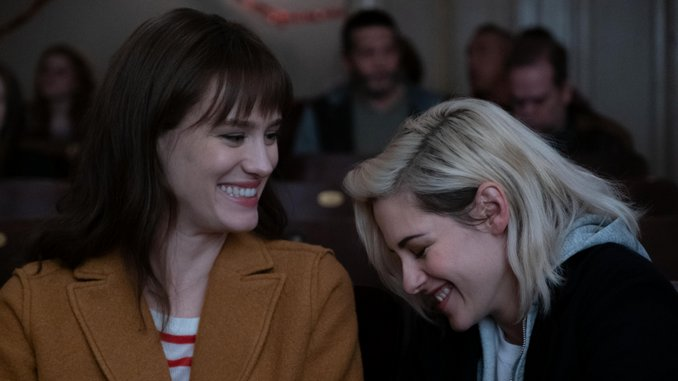 <i>Happiest Season</i>'s Kristen Stewart and Mackenzie Davis Bolster Christmas Pap with Queer Identity