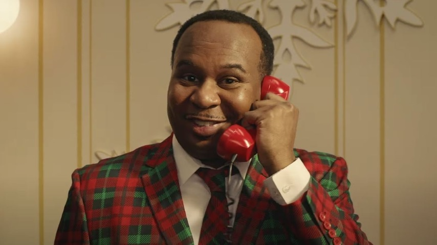 Roy Wood Jr. Hosts Comedy Central's 31 More Days of Being Home for the Holidays