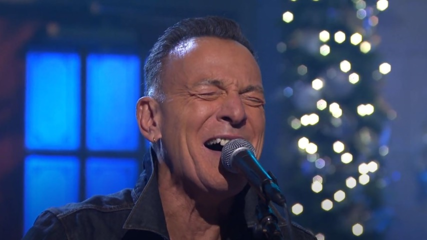 Watch Bruce Springsteen & The E Street Band Play Two Songs on <i>SNL</i>