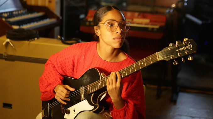 Lianne La Havas Releases New EP <i>Live at the Roundhouse</i>