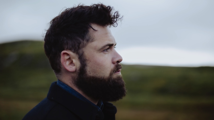 Passenger's 13th Album Goes Out to His Fellow Broken Hearts