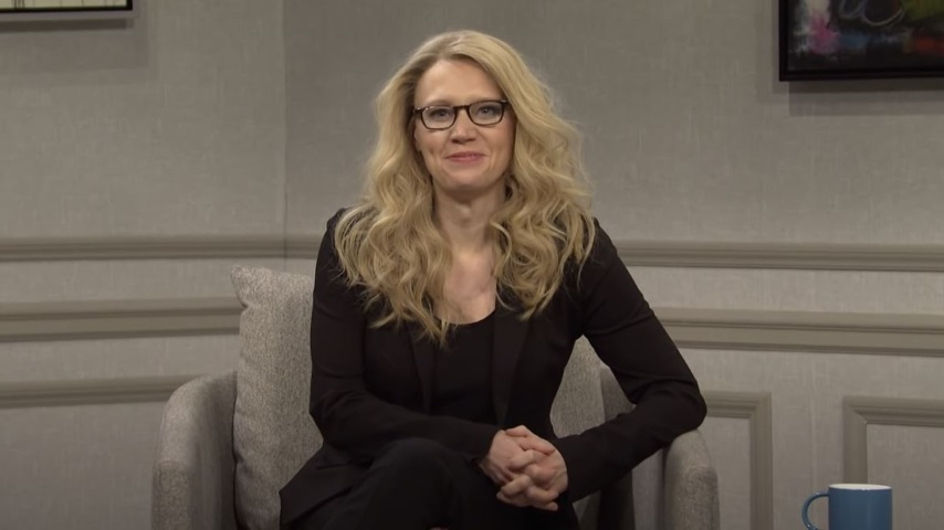 """<i>SNL</i>'s First Post-Trump Episode Finds Kate McKinnon Searching for """"What Still Works"""""""