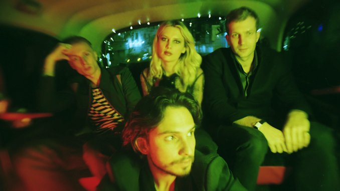 Wolf Alice Announce New Album <i>Blue Weekend</i>, Share Sweeping First Single &#8220;The Last Man On Earth&#8221;