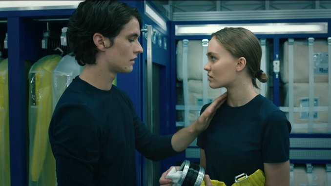 Sex, But In Space: <i>Voyagers</i> Releases First Drug-Fueled Trailer