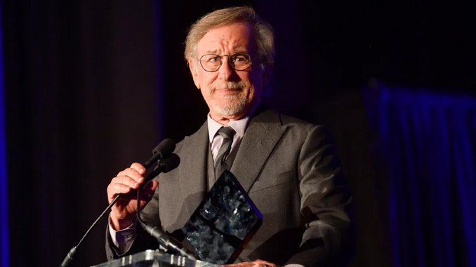 Steven Spielberg Writing and Directing New Film for the First Time since <i>A.I.</i>