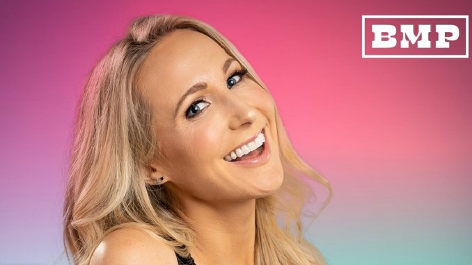 Nikki Glaser Talks about Her New Daily Podcast and Shares a Trailer