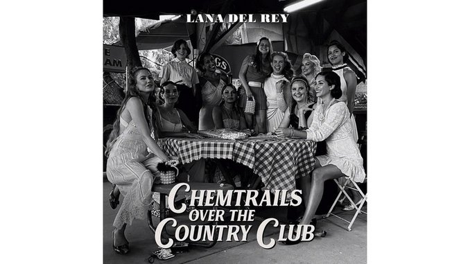 Lana Del Rey Floats and Meanders on <i>Chemtrails Over the Country Club</i>