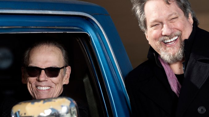 """Exclusive: Watch John Hiatt and Jerry Douglas Play """"Mississippi Phone Booth"""""""