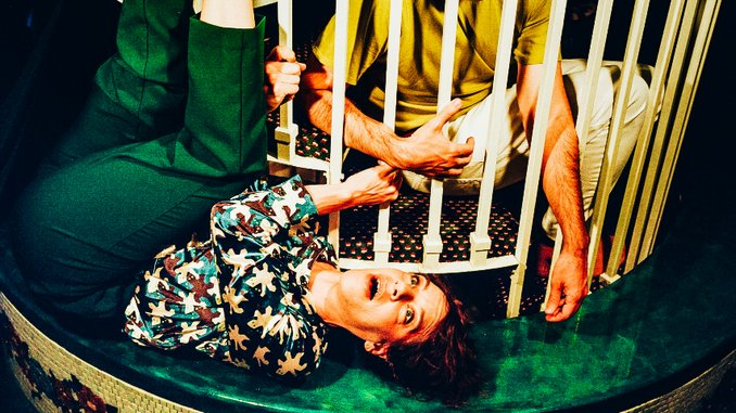 """Tune-Yards Share New Music Video for """"hypnotized"""""""