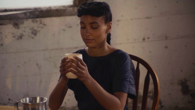 """esperanza spalding Releases """"TRIANGLE"""" Song Suite and Short Film"""