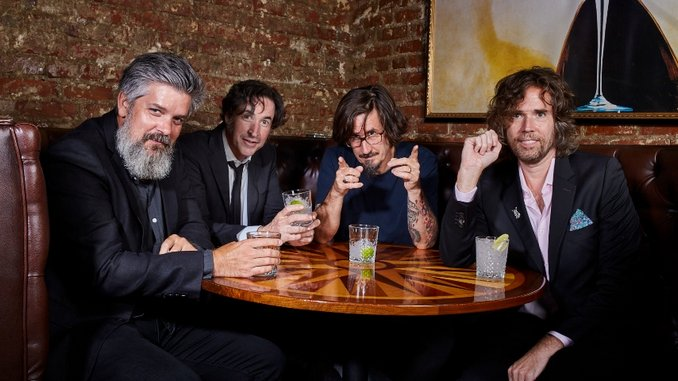 """The Mountain Goats Announce New Album, Share Single """"Mobile"""""""