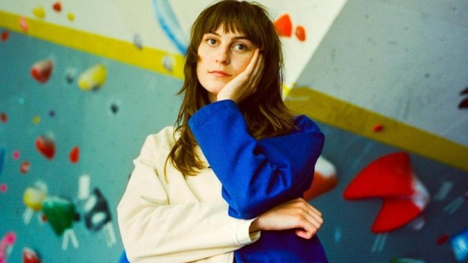 """Faye Webster Announces New Album & Tour, Shares Single """"Cheers"""""""
