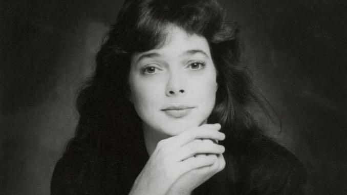 Folk Singer/Songwriter Nanci Griffith Dead at 68